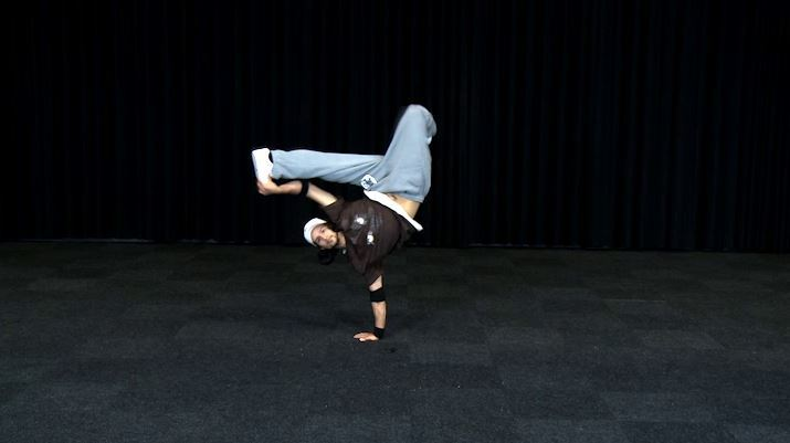 Breakdance Freeze 08 Handstand Sw Einarmig Clip 165